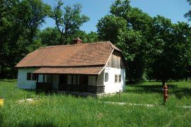house-567192_640